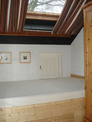 Schlafen 1, Liegefläche: 1,40 m x 2,00 m