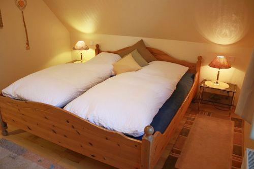 Schlafzimmer 2 (Wohnung Carina)