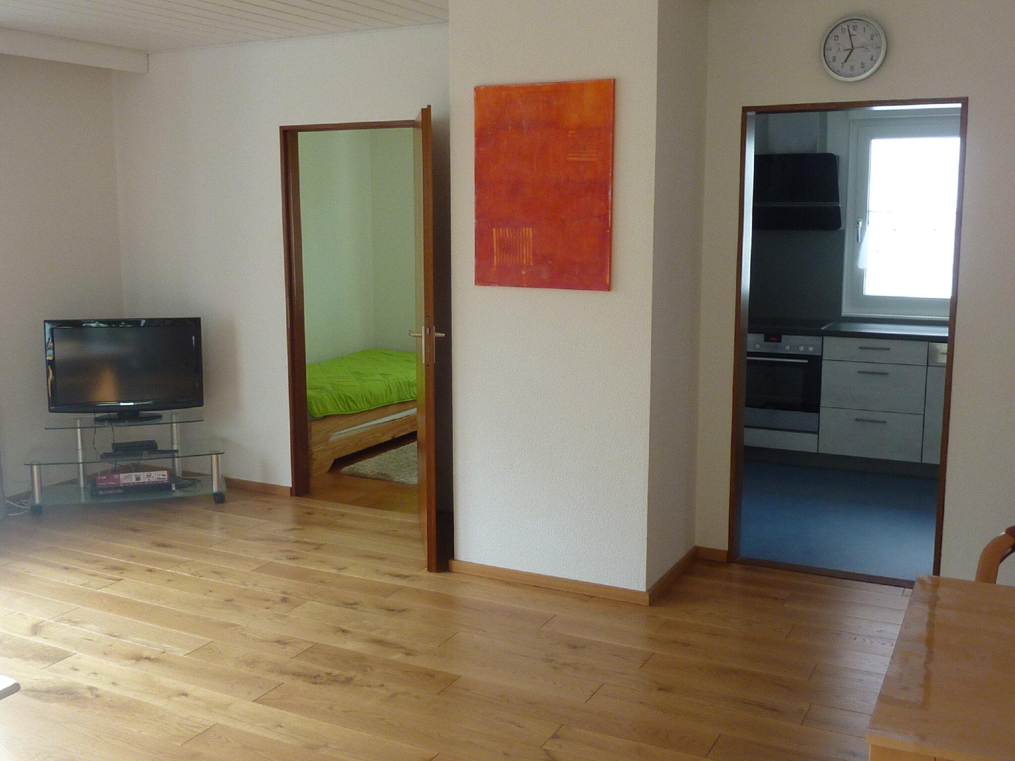 Wohnzimmer, kl. Schlafzimmer und küche