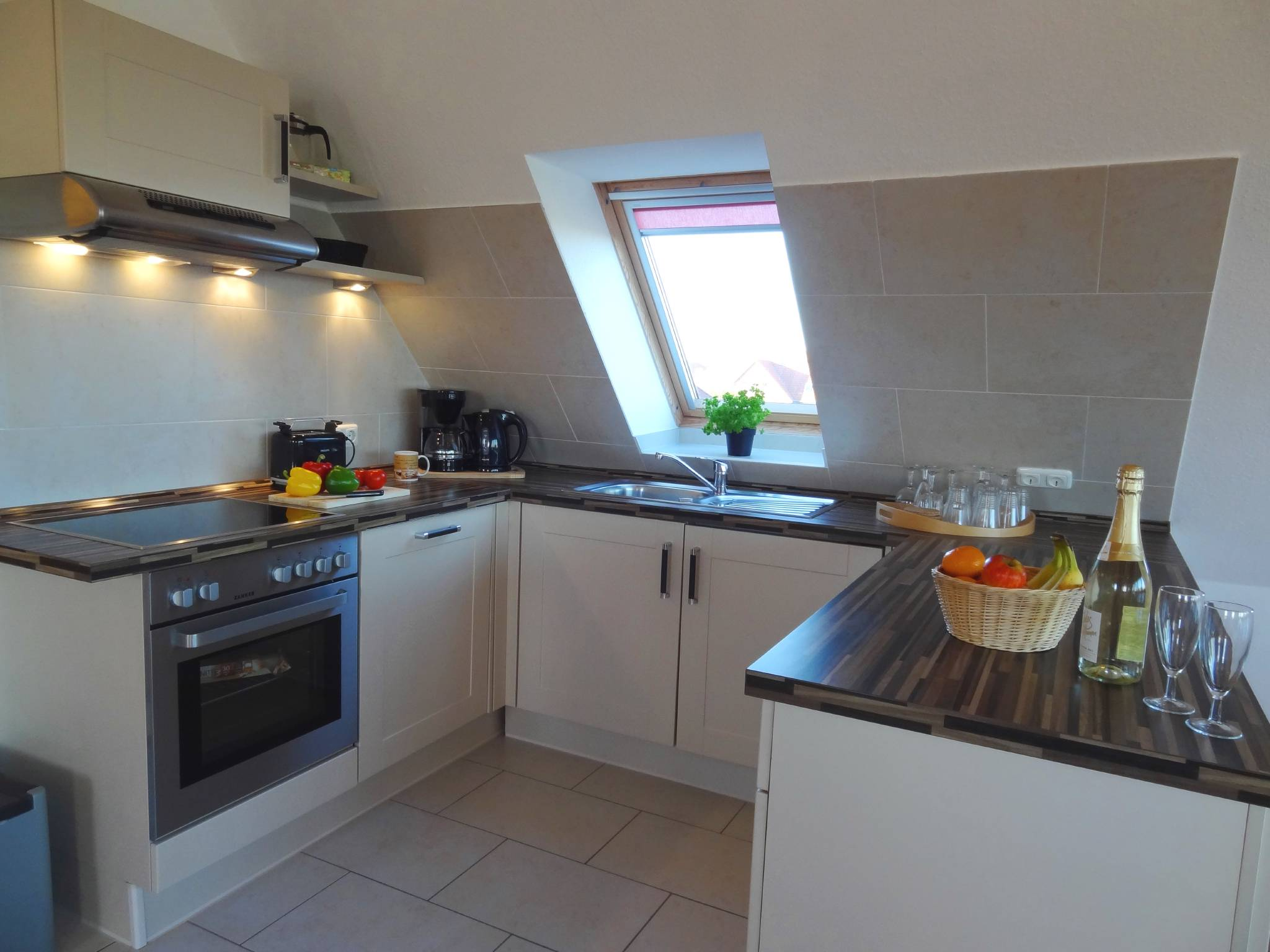 Küchen- und Essbereich