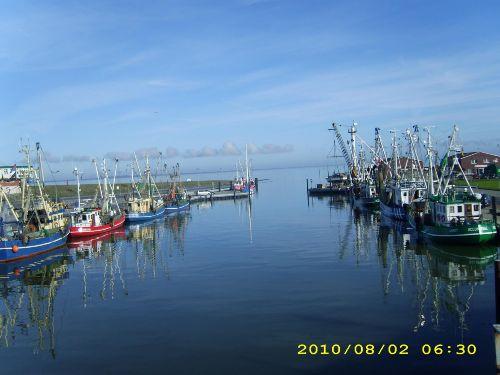 Hafen Dornumersiel Kutterflotte