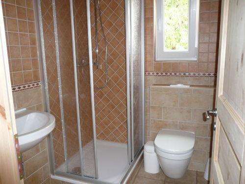 TOSKANA - Bad mit Dusche/ WC / Fenster