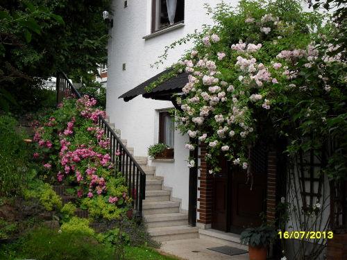 Eingang zur Märchen-Ferienwohnung