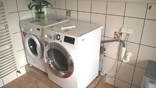 Waschmaschine + Trockner zubuchbar
