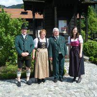 Vermieter: Familie Pertl vom Bergerhof im Priental