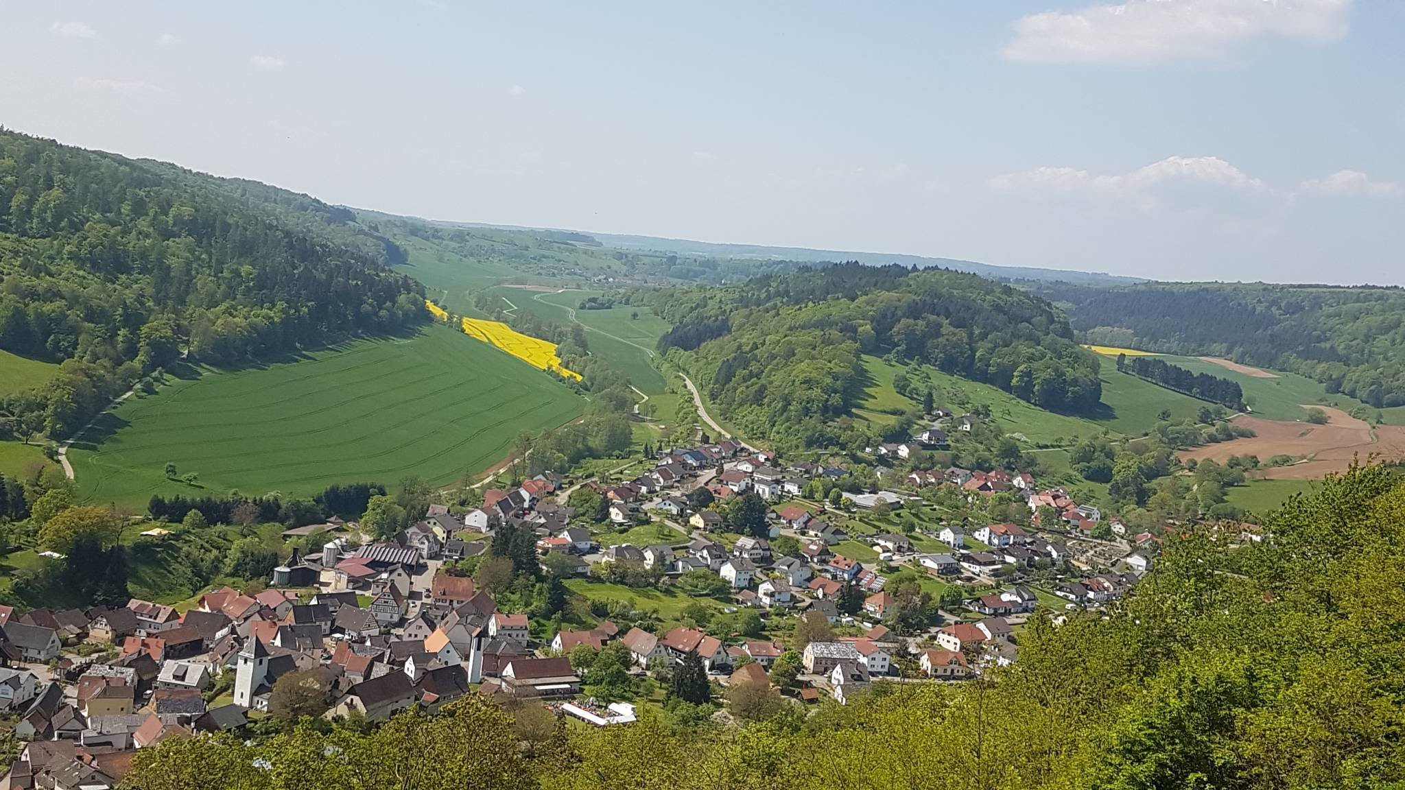 Luftbild von Neckargerach u. Guttenbach