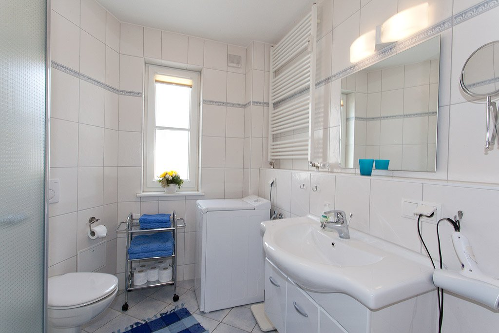 Bad mit neuer Dusche