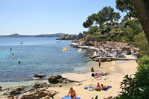 Badebucht in Cala Fornells