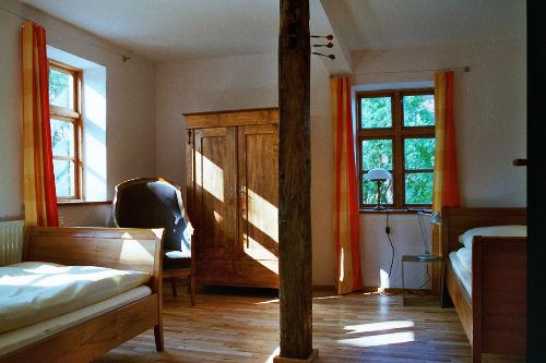 Ein Schlafzimmer im Erdgeschoss