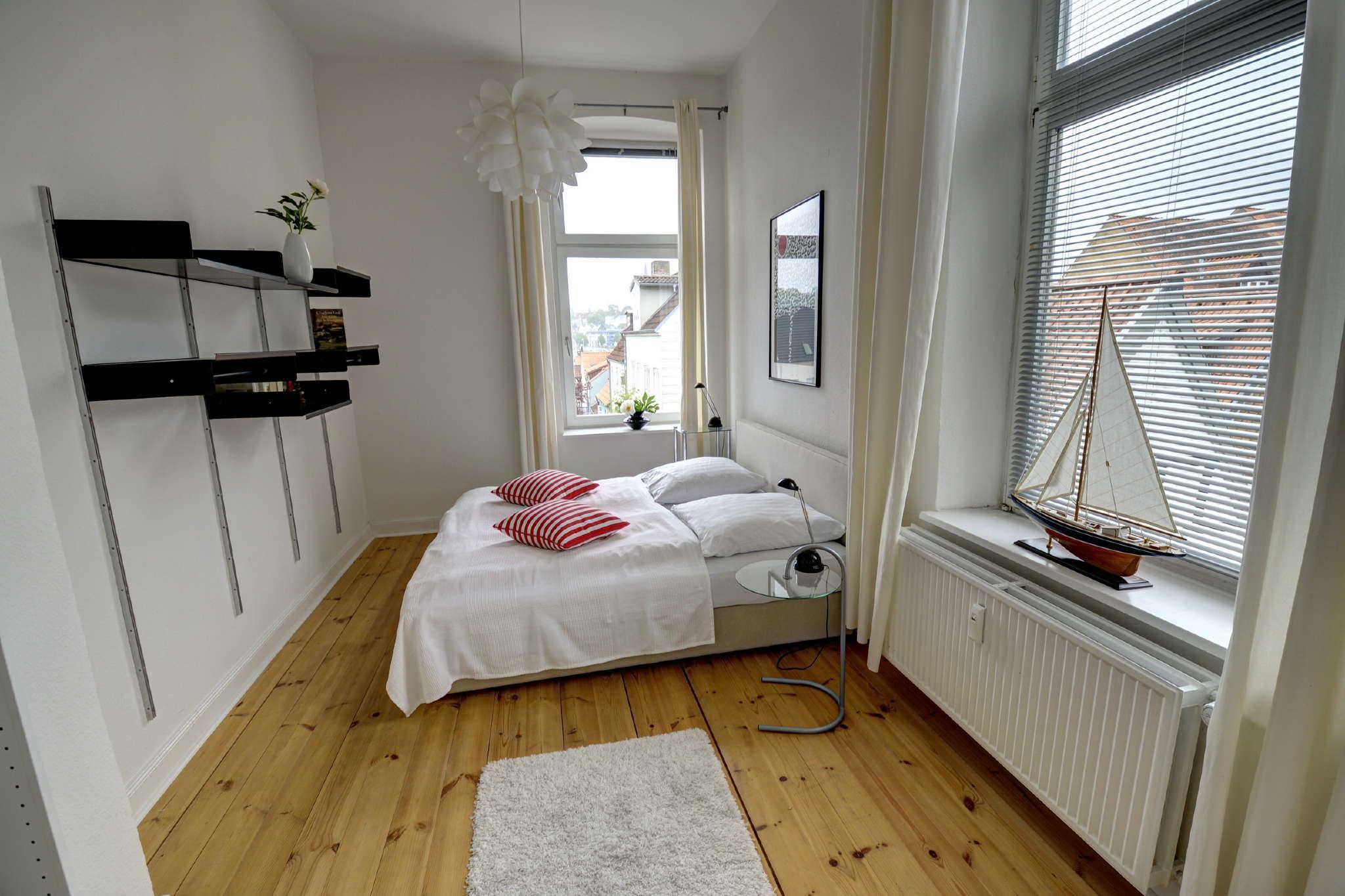 Helles zweites Schlafzimmer