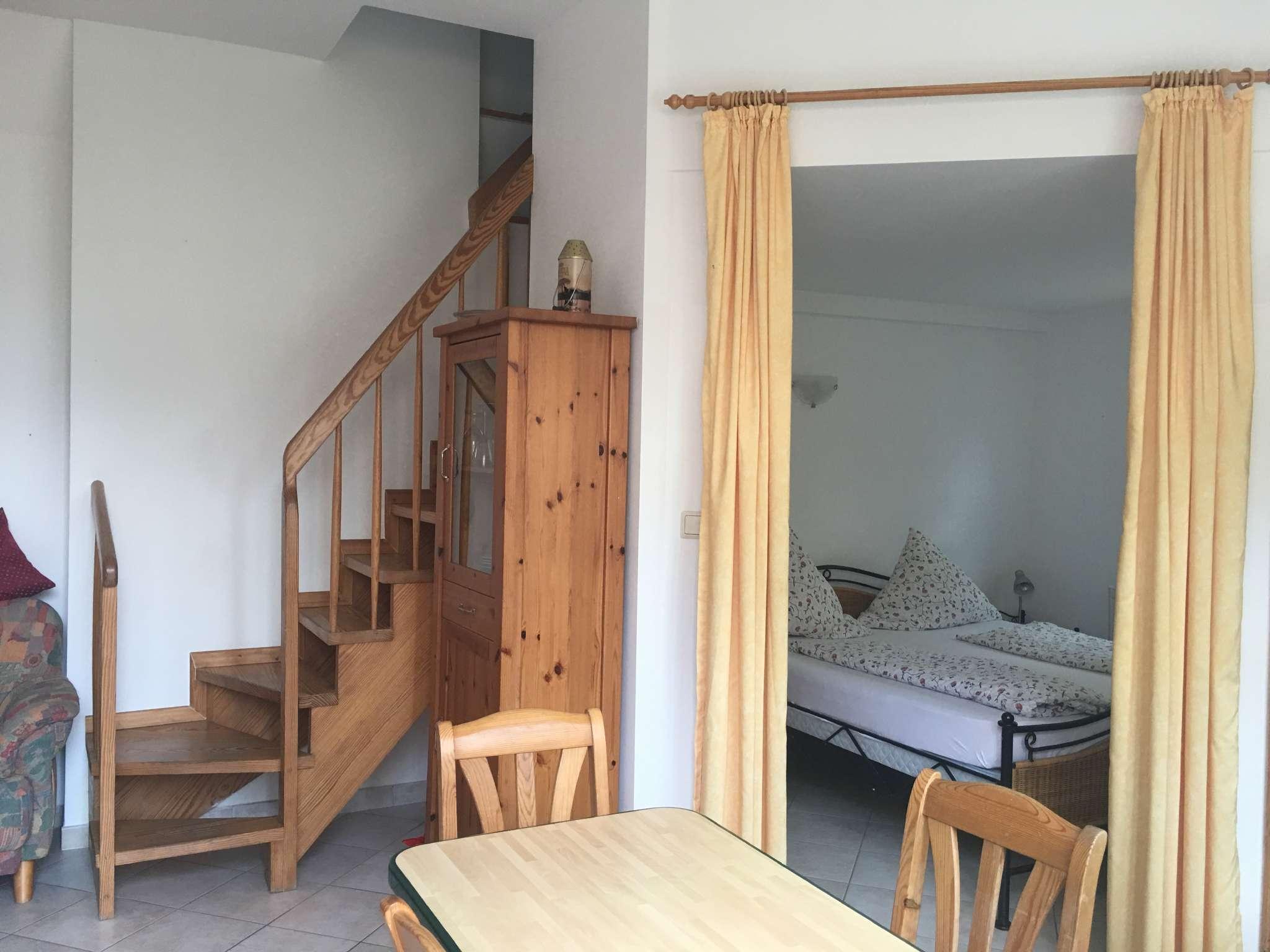 kleine Treppe in das obere Kinderzimmer