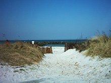 Der Weg zum Strand