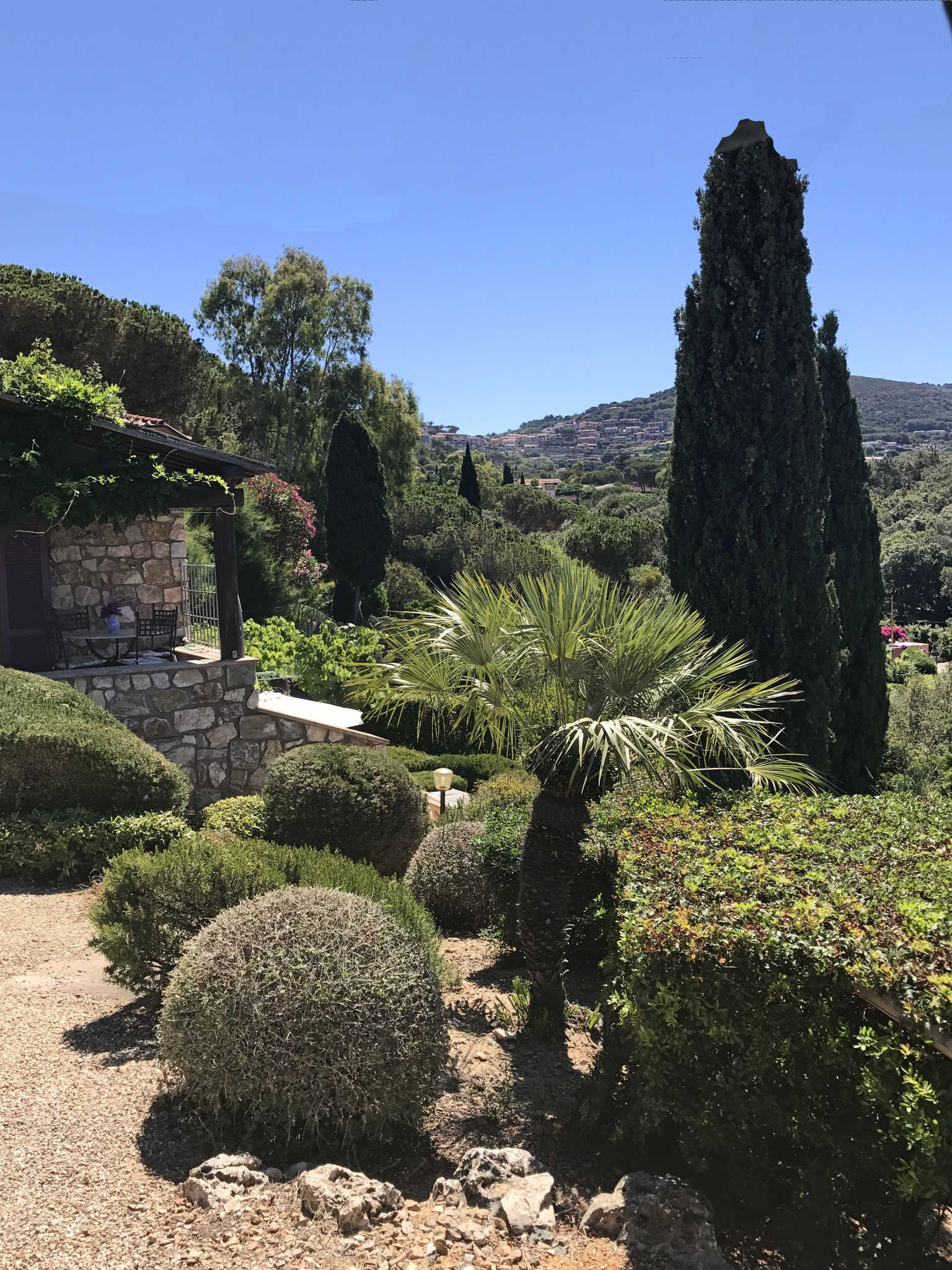 Blick auf den Gartensitzplatz