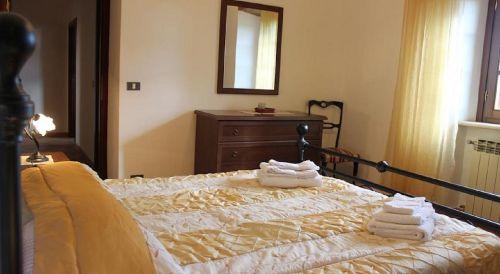 Schlafzimmer 1 SATURNIA