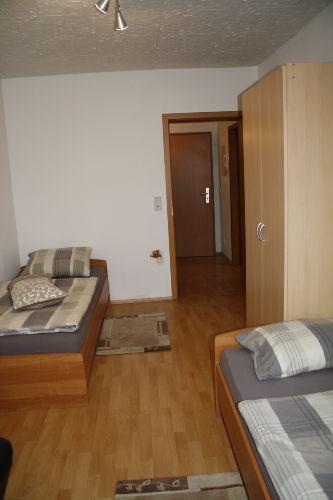 Schlafzimmer 1 mit 2 Betten