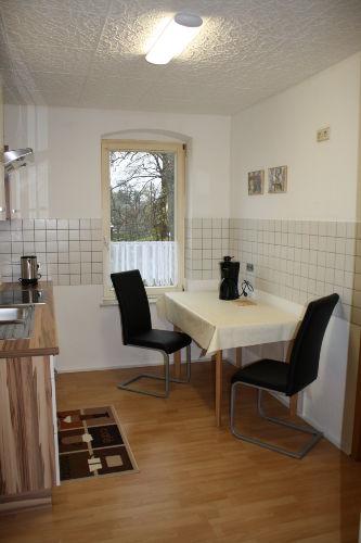 Küche m. Ausziehtisch