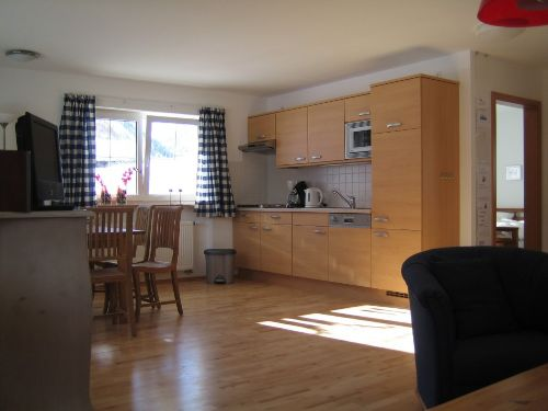 Kuche und Wohnzimmer Wohnung 02