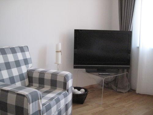 Flachbildfernseher mit Kabel TV