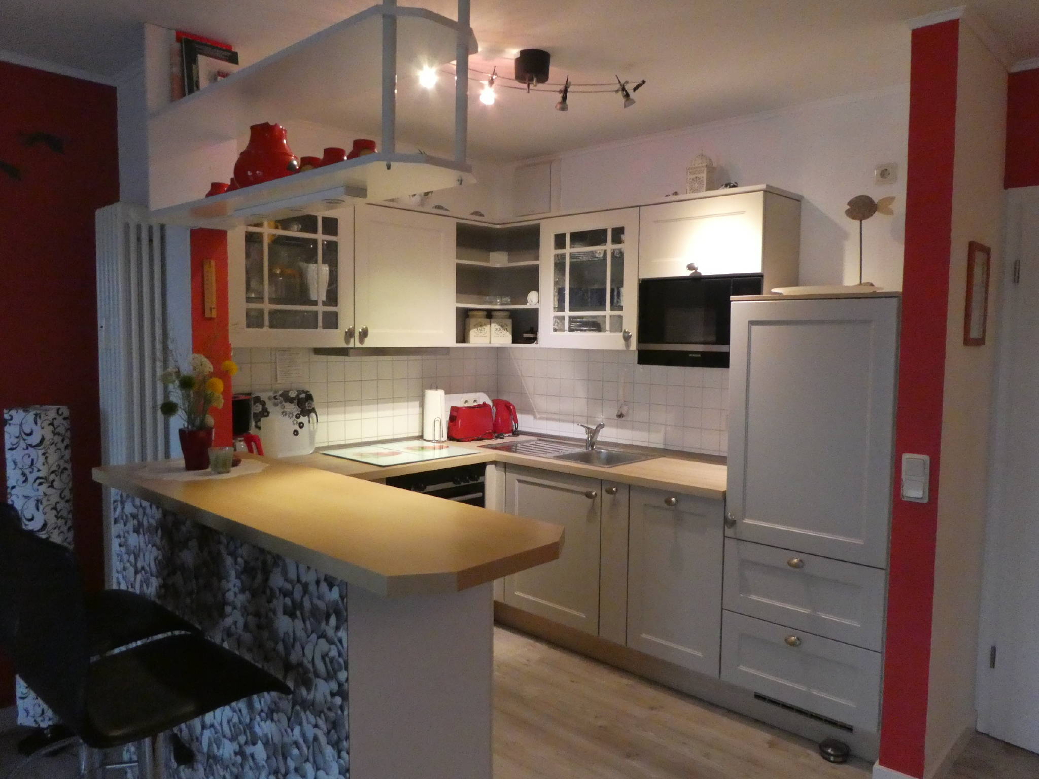 Küchenbereich mit Tresen