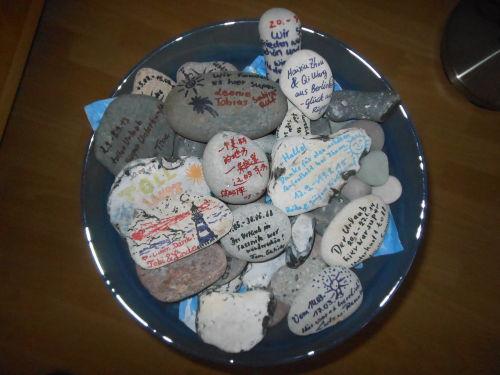 Schreibsteine-Grüße v.zufriedenen Gästen