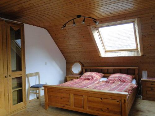 3 Bett Schlafzimmer