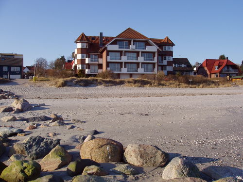 Blick vom Meer auf das Haus Strandresidenz