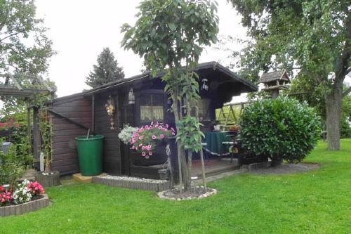 Ferienhaus mit Gartenhaus