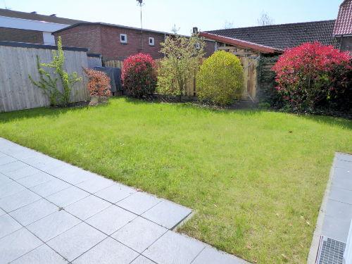 Großer, geschlossener Garten m. Südsonne