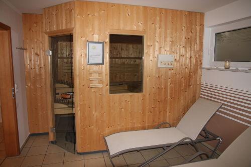 das Solarium im Saunabereich