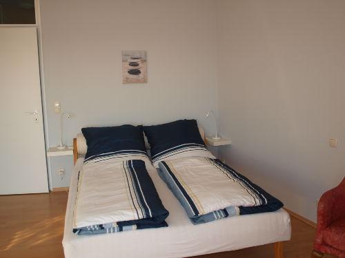 Wohnraum Bett