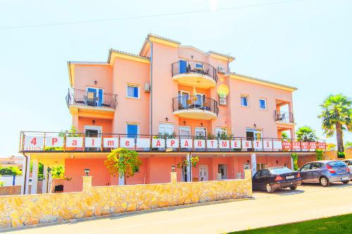 4 Palme Apartments