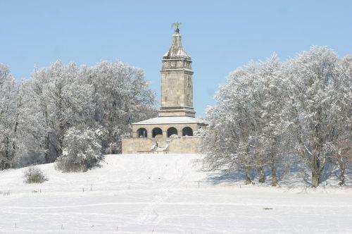 Bismarckturm in Assenhausen im Winter