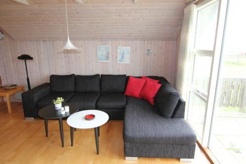 Neue Sofa am gr. Fenster