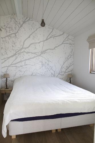 Elternschlafzimmer, Bett 1.60x 2.00 m