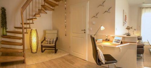 Schreibplatz im Wohnzimmer