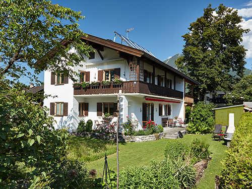 Garten-Ferienwohnung und eigene Terrasse