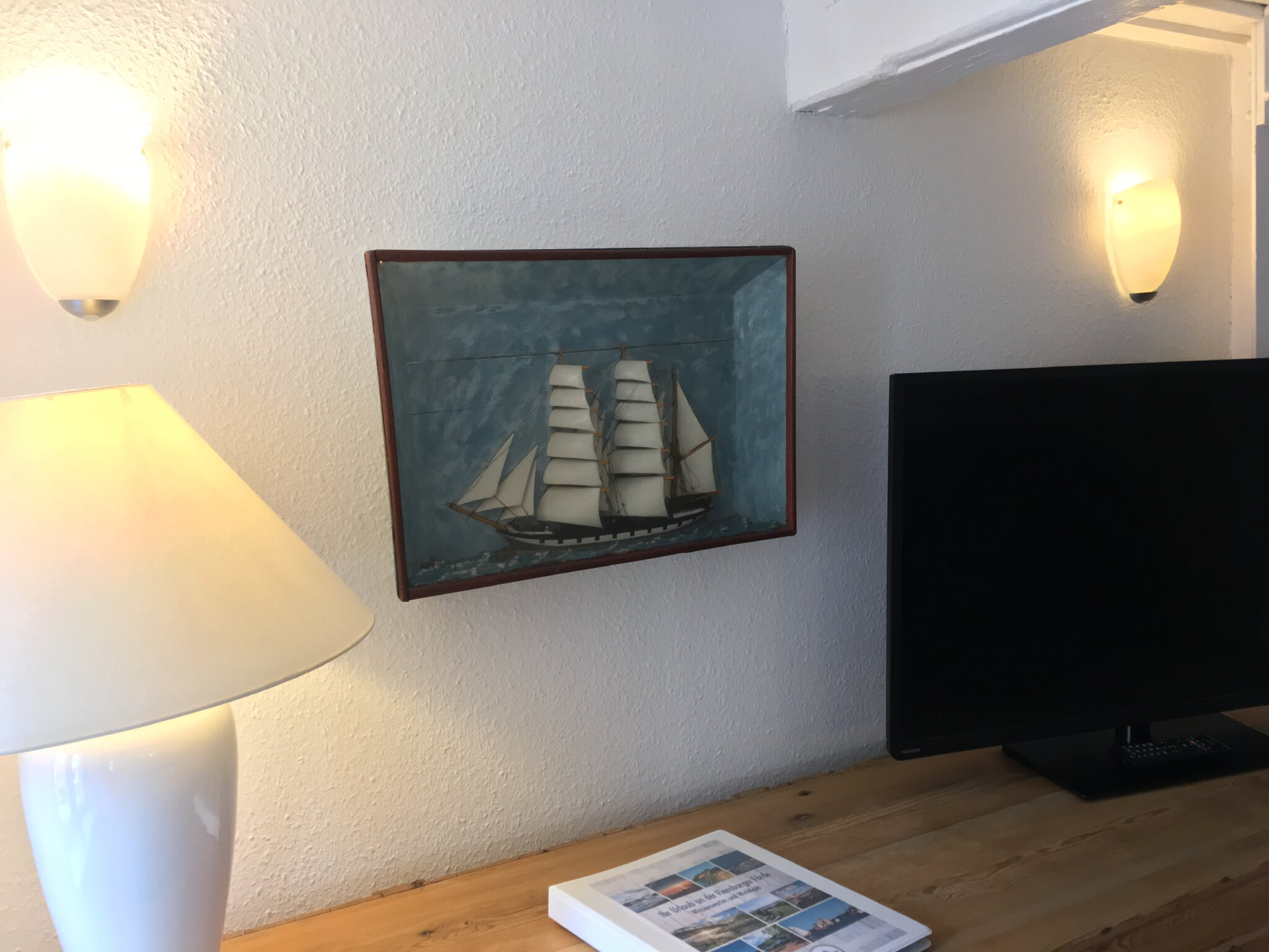 Offene Küche mit hinterem Wohnbereich