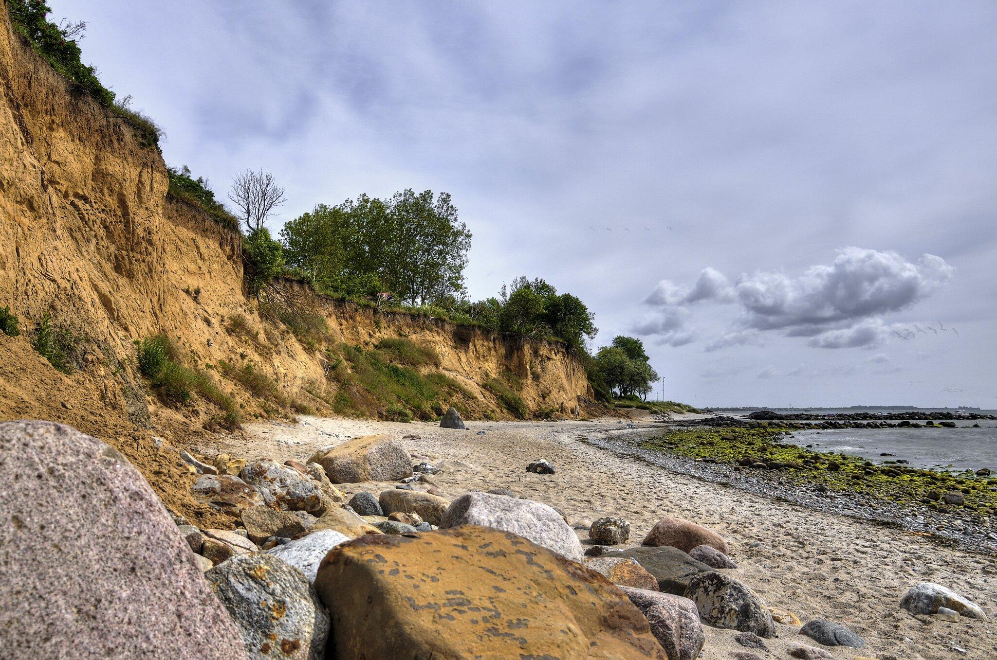 Steilküste am Naturstrand