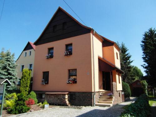 Unser Haus mit FEWO im Dachgeschoß