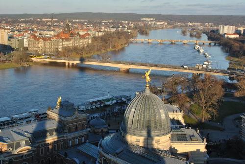 Blick von der Altstadt auf die Elbe