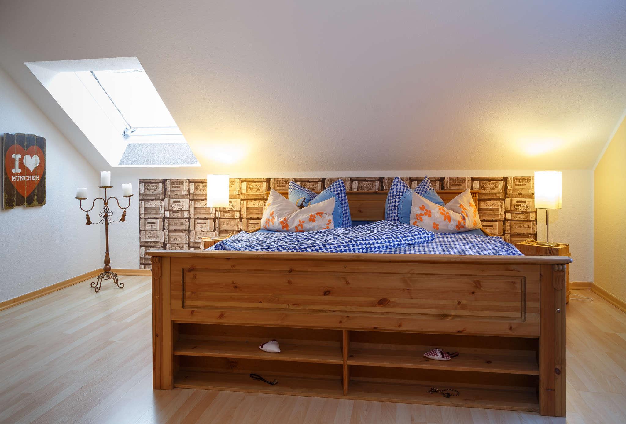 1. Schlafzimmer Bayern