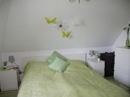 stilvol eingerichtetes Schlafzimmer