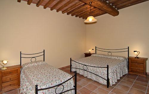 Großes Schlafzimmer LINA mit Zusatzbett