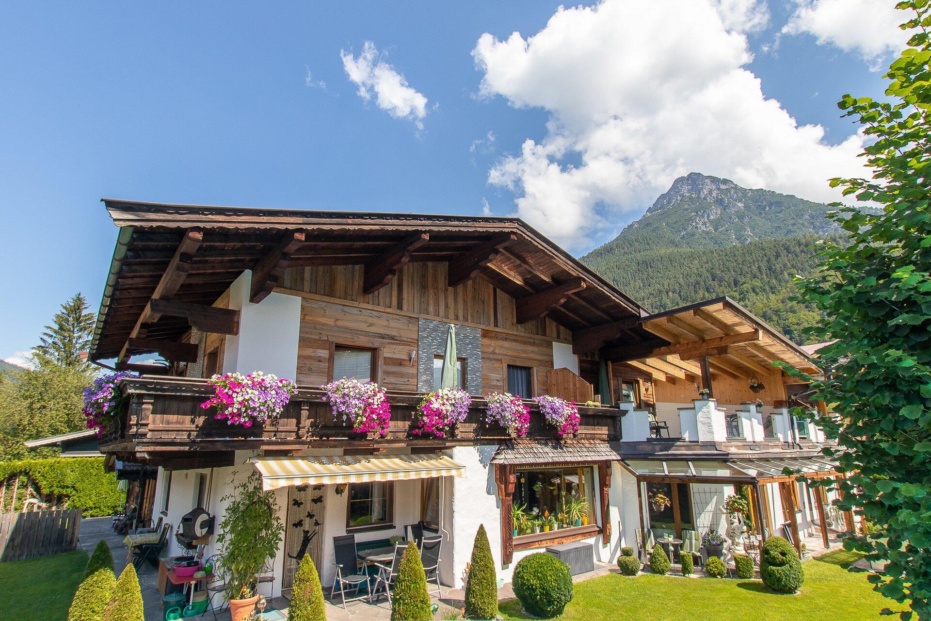 Haus mit schönen Garten