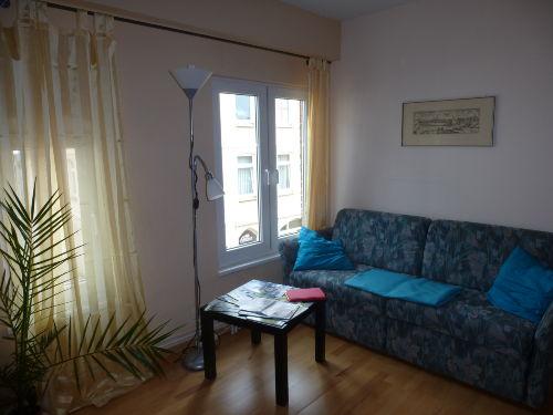 Wohnzimmer, Ausziehcouch