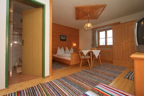 schöne gemütliche Zimmer