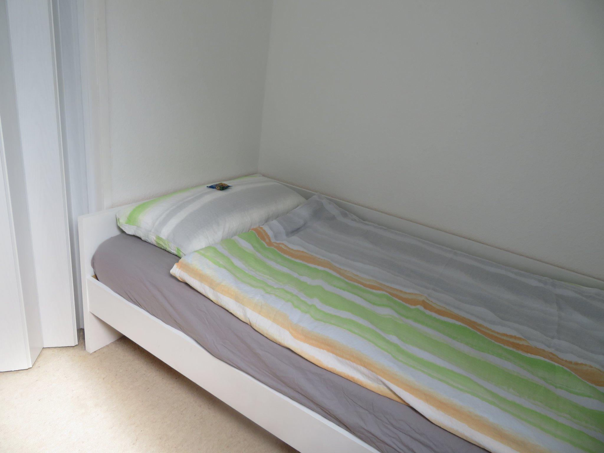 Schlafzimmer Abseite 2
