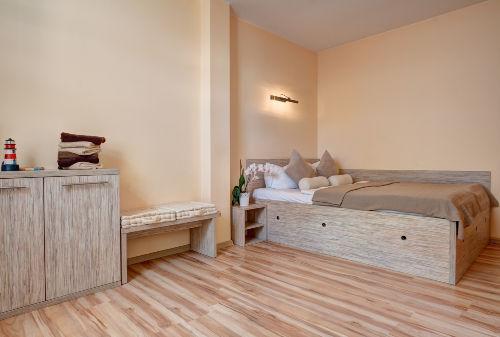 2 Schlafzimmer 140 cm Bett