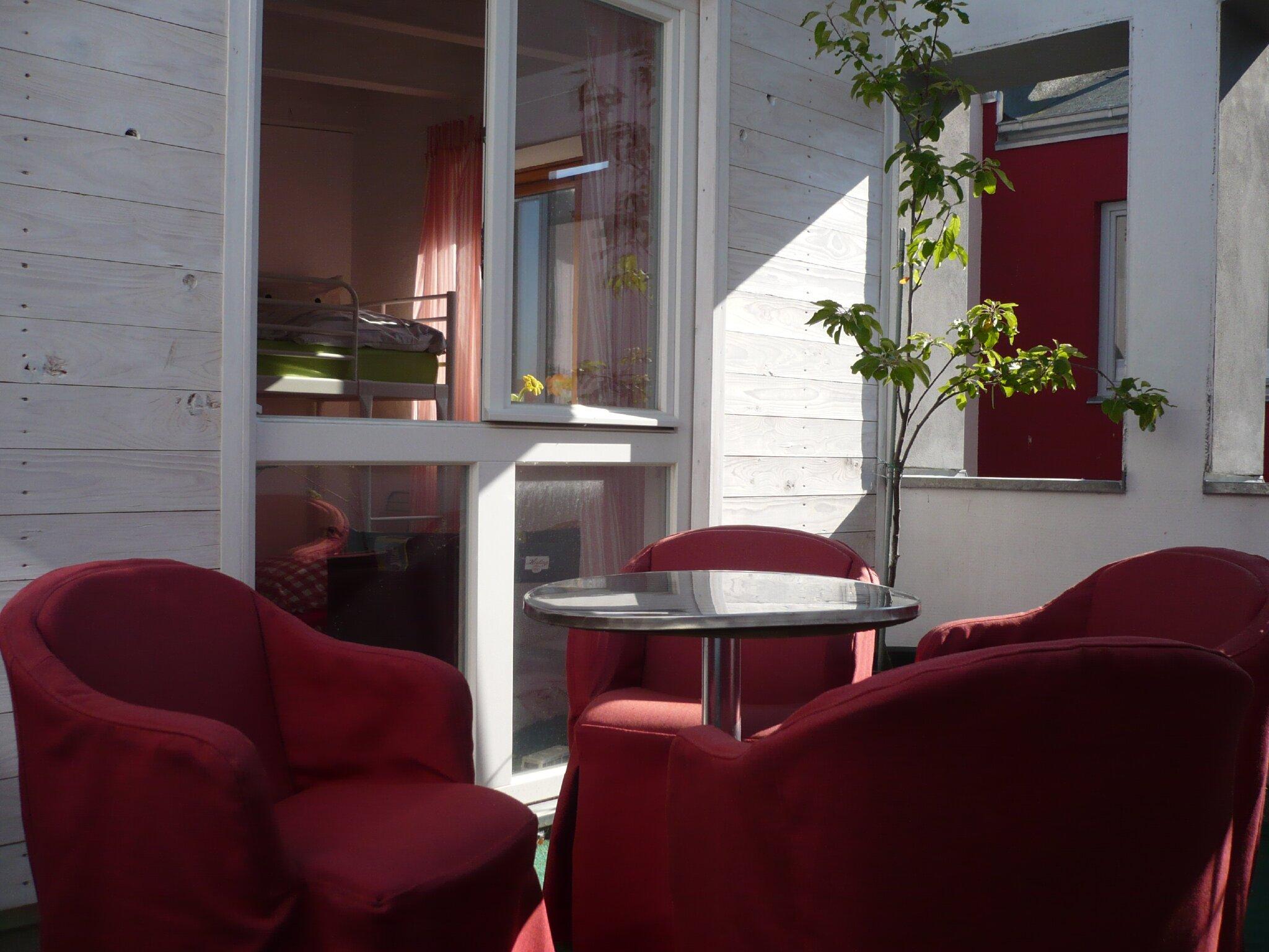 Wohnung 3 mit Badewanne im I.OG , 25 qm