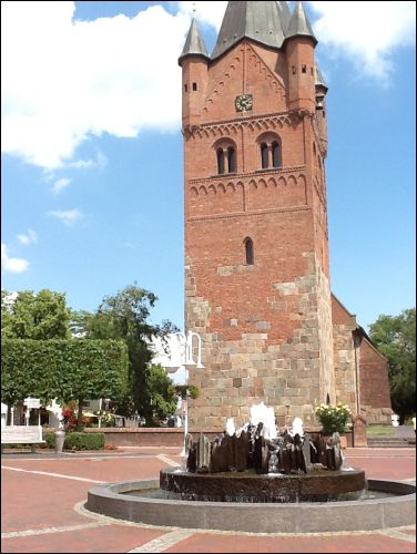 St. Peti-Kirche Westerstede- Marktplatz